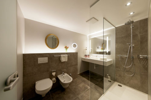 Designed_Bathroom